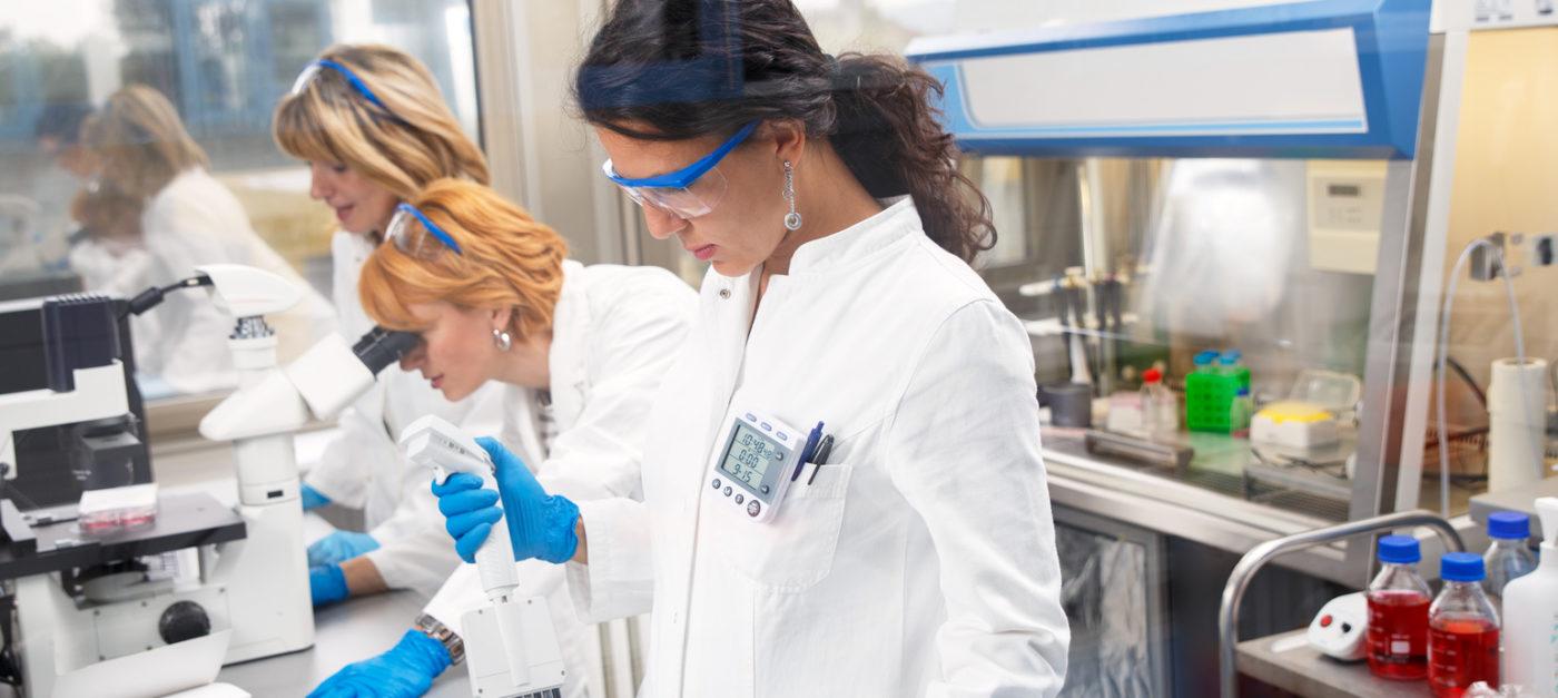 Equipamiento y material de laboratorio